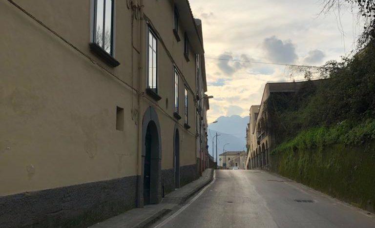 immobiliare-cava-de-tirreni-appartamento-indipendente-ingresso-autonomo-posto-auto-nei-pressi-del-centro-due-vani-acessori-ristrutturato